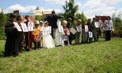 2014.mai.Hramul și sceneta copiilor